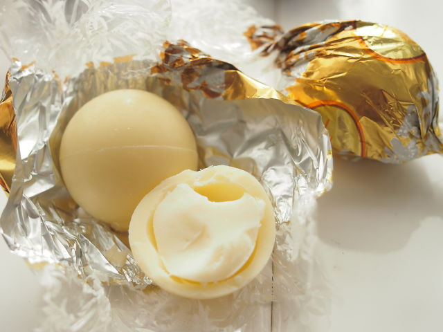 リンドールホワイトチョコの写真