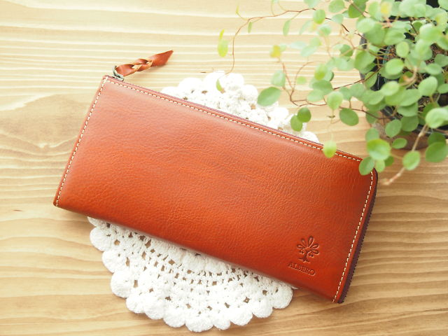 お財布の写真