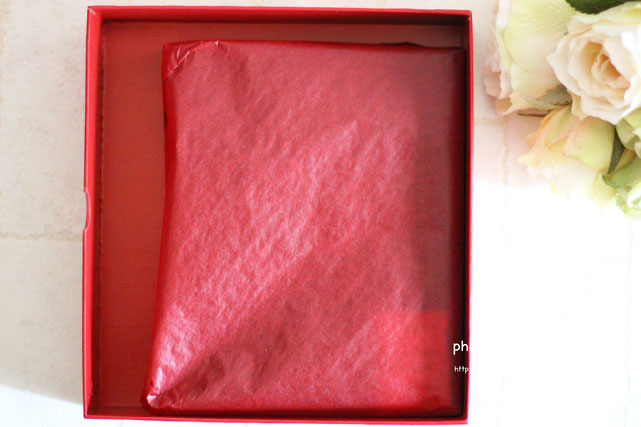 ひとつひとつに赤い袋